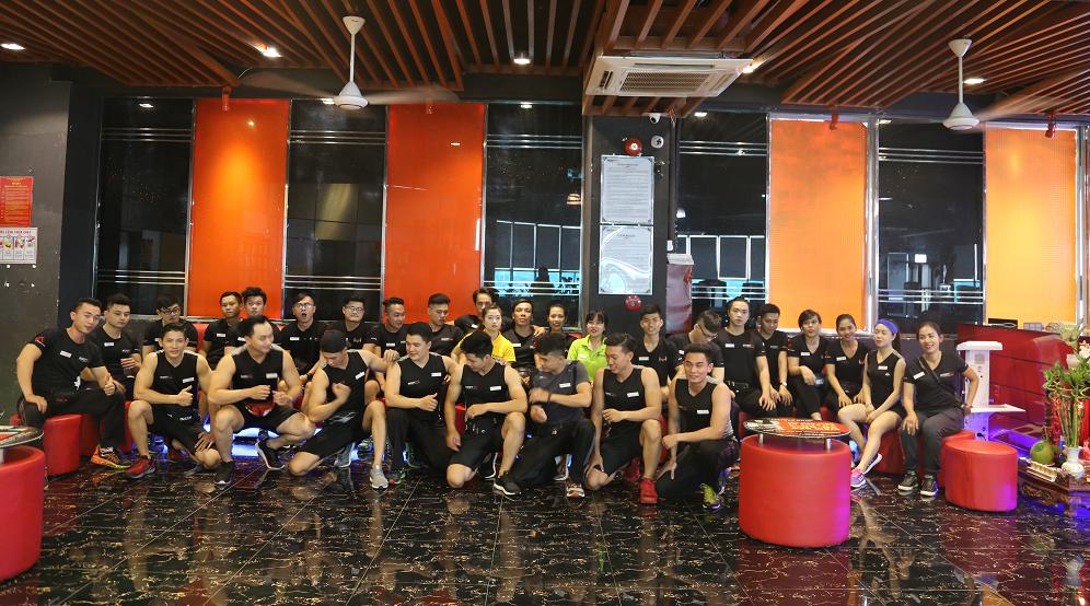 đội ngũ huấn luyện viên